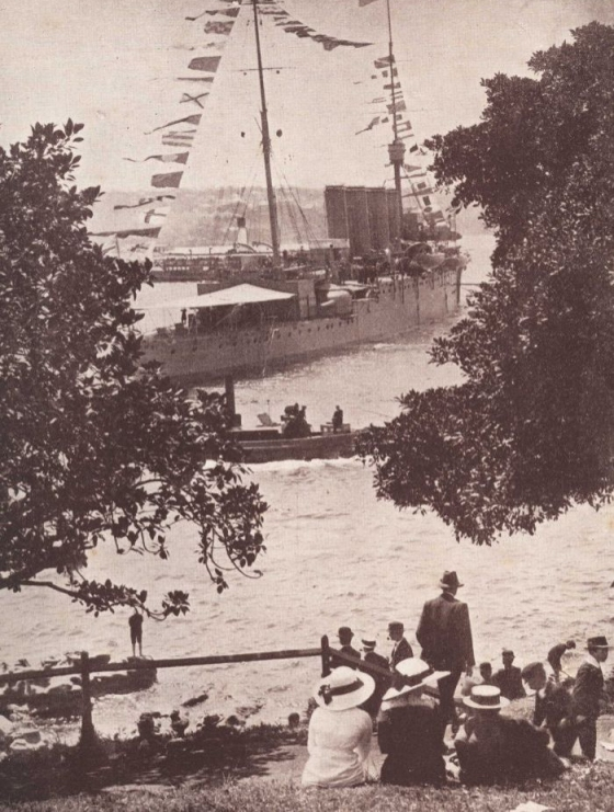 A page from the Sydney Mail, published on 8 October 1913, shows crowds watching HMAS Australia at her moorings. (Royal Australian Navy)
