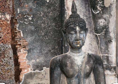 A seated Buddha image at Wat Saphan Hin: Sukhothai, Thailand