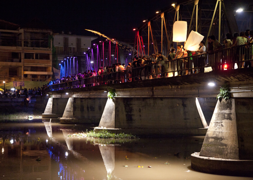 The Iron Bridge under seige during Yee Peng: Chiang Mai, Thailand