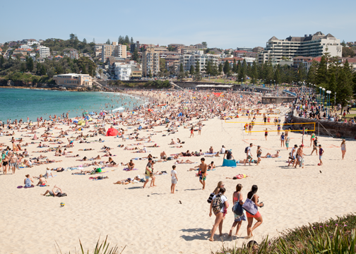 Coogee Beach on a summer day: Sydney, Australia