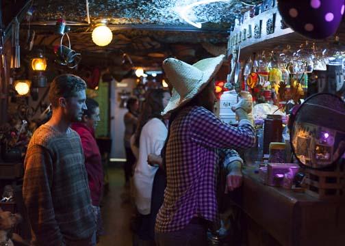 Ordering drinks at Mi Tierra: Bogotá, Colombia