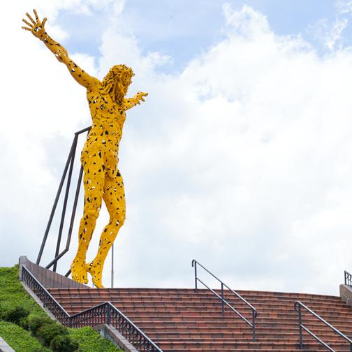 Yellow Jesus statue at Ecoparque Los Yarumos: Manizales, Colombia