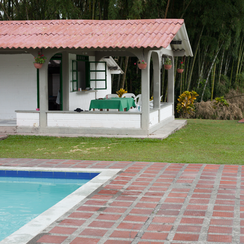 The patio of Finca La Cristalina in Santagueda, Colombia