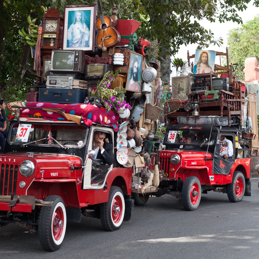 Yipao-Parade-Jeeps piled high with antique furniture: Armenia, Colombia