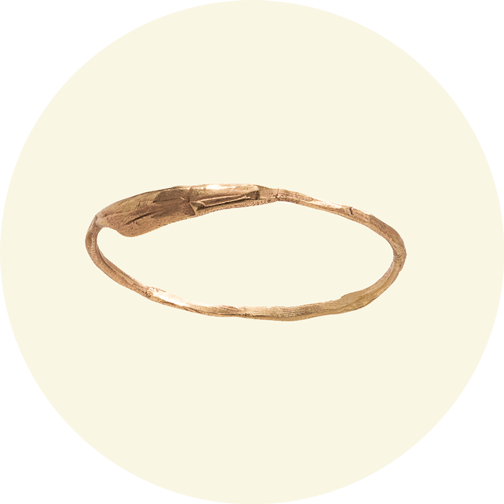 Wwake gold band ring
