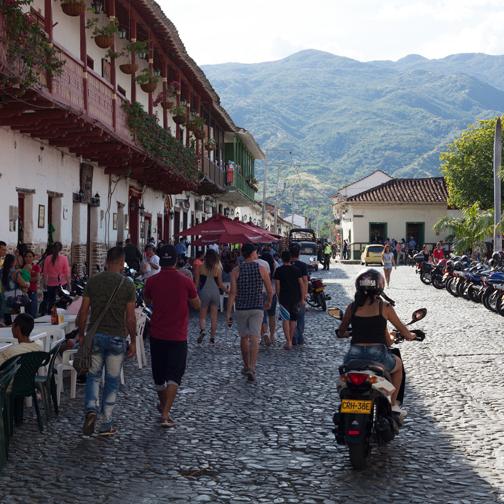 Santa-Fe-de-Antioquia-Plaza